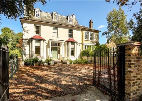 Thumbnail Flat for sale in Palace Road, East Molesey, Surrey