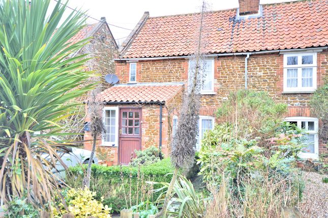 2 bed cottage for sale in New Row, Heacham, King's Lynn
