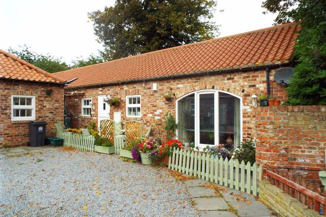 Thumbnail Cottage to rent in Middleton St. George, Darlington