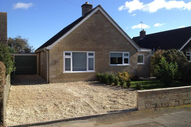 Thumbnail Detached bungalow to rent in Stonesfield, Oxfordshire