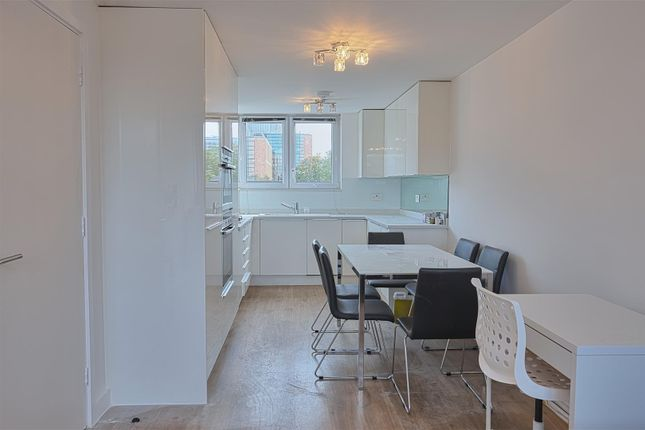 Thumbnail Flat to rent in Purchese Street, London
