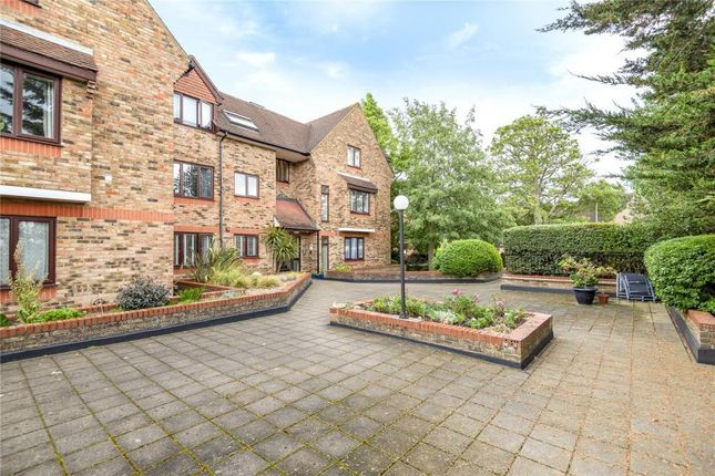 Studio for sale in The Oaks, Manor Road, Ruislip HA4