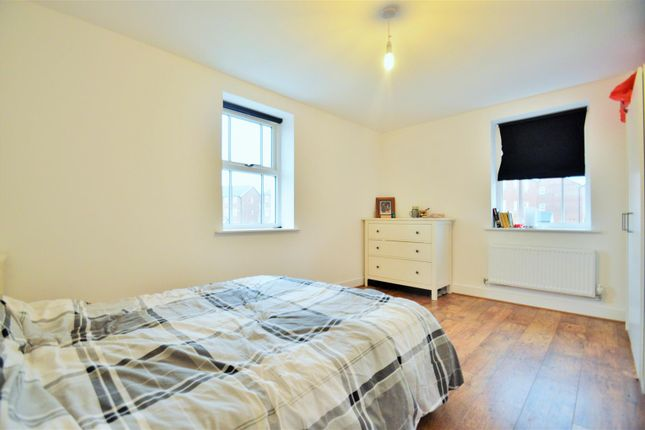 Bedroom 3 of Mansion Rise, Ebbsfleet DA10