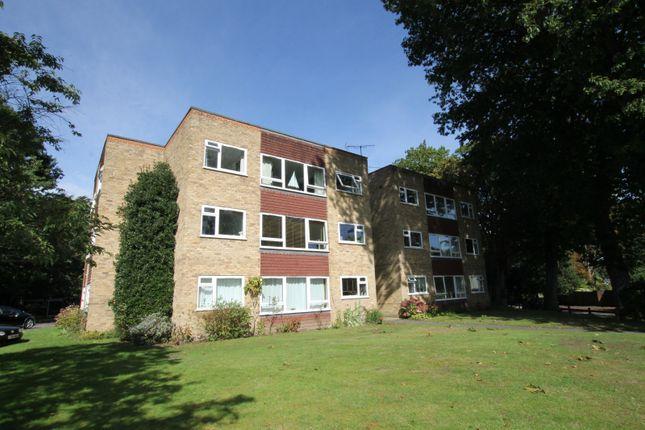 2 bed property to rent in Weybridge, Surrey KT13