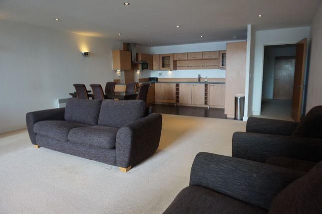 Thumbnail Flat to rent in Western Gateway, Docklands, London