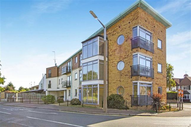Thumbnail Flat for sale in Eastwood Road North, Leigh On Sea, Essex