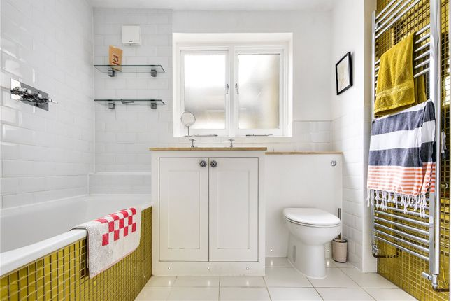 Bathroom of Mossford Street, Bow, London E3