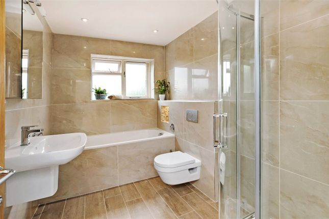 Bathroom of Kenn, Exeter, Devon EX6