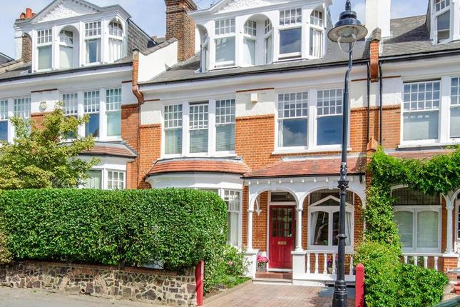 Thumbnail Property for sale in Elms Avenue, London