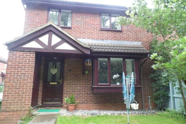Thumbnail Maisonette to rent in Oaks Court, Narborough, Leicester