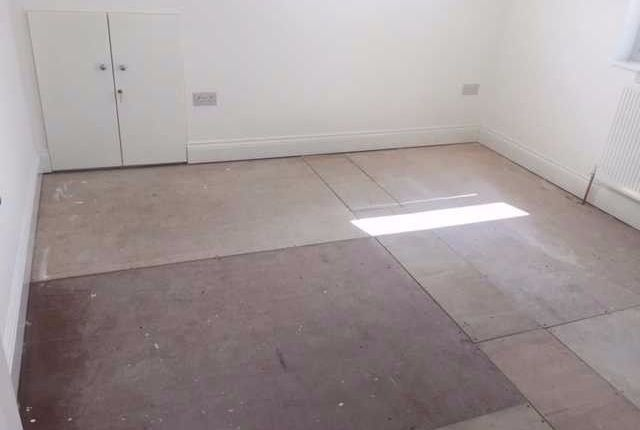Thumbnail Terraced house to rent in Tunley Road, London