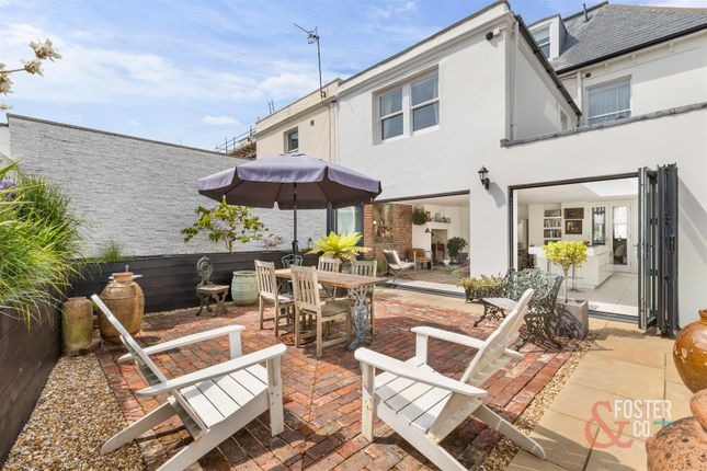 Westbourne Villas 52-30