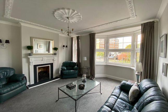 Thumbnail Flat to rent in Cropthorne Court, Calthorpe Road, Edgbaston, Birmingham