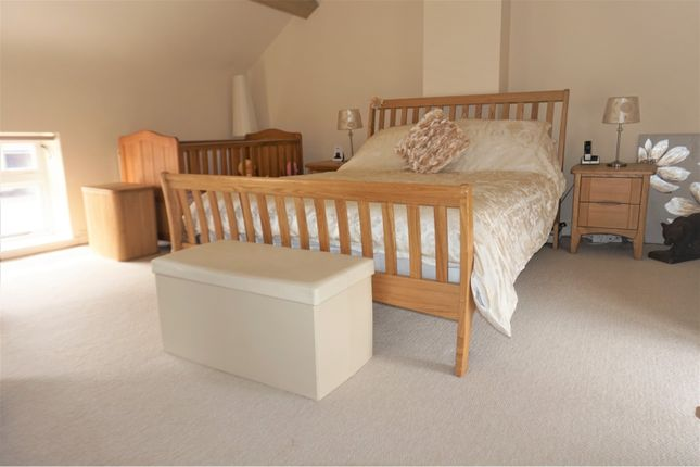 Bedroom One of Daleacre Court, Lockington DE74
