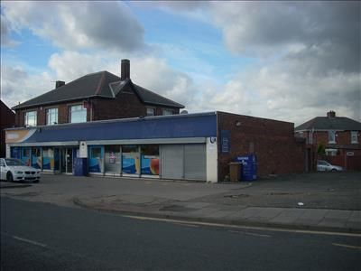 Thumbnail Retail premises to let in 28 Coast Road, Wallsend, Tyne And Wear