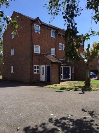 Flat to rent in Yarmouth Gardens, Shirley, Southampton