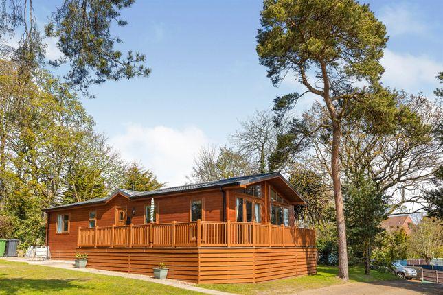 3 bed mobile/park home for sale in Holt Road, Cromer NR27