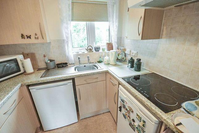 Kitchen of Bridgewater Court, Birmingham B29