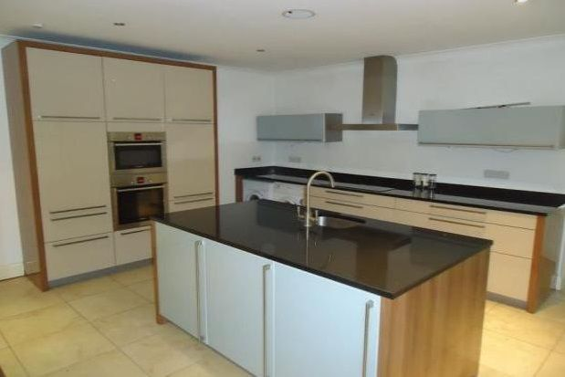Thumbnail Flat to rent in Ibbotsons Lane, Liverpool