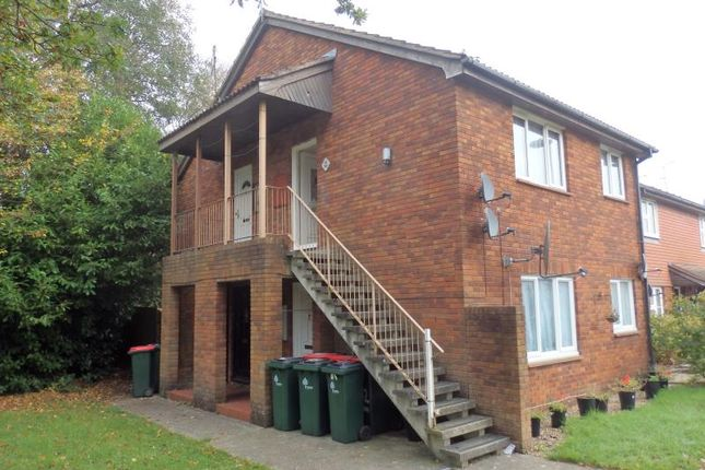 Thumbnail Studio for sale in St. Brelades Road, Crawley