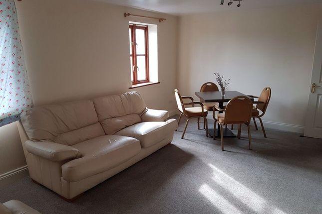 Thumbnail Flat to rent in High Street, Raglan, Usk