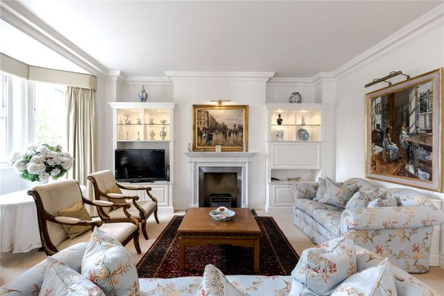 Thumbnail Flat for sale in Duchess Of Bedford House, Duchess Of Bedfords Walk, London
