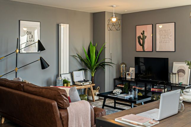 Flat for sale in 34 The Waldrons, Croydon