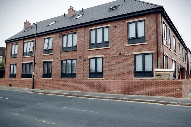 Thumbnail Flat to rent in Welland Road, Phoenix Halls, Coventry