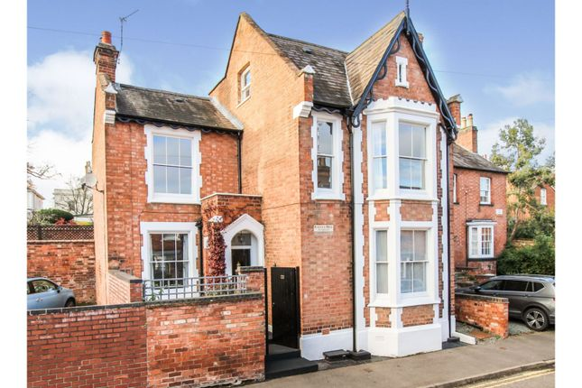 Thumbnail Detached house for sale in Woodbine Street, Leamington Spa