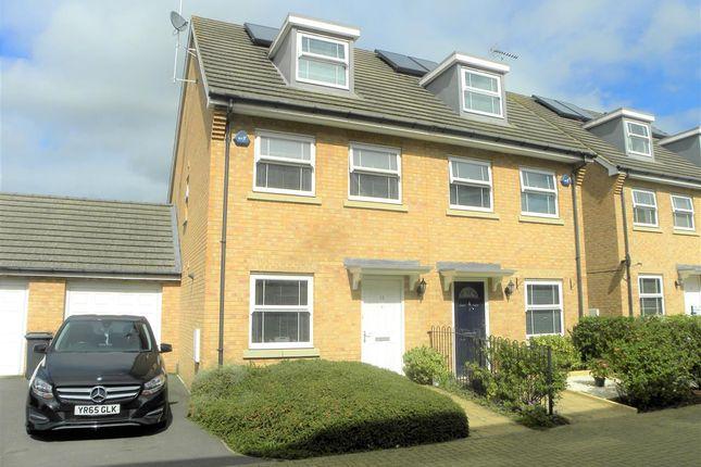 Thumbnail Semi-detached house for sale in Swift Close, Cippenham, Slough