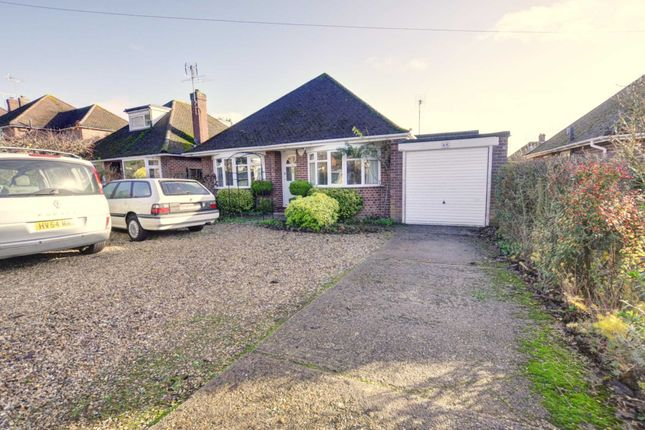 Thumbnail Detached bungalow to rent in Wycombe Road, Marlow