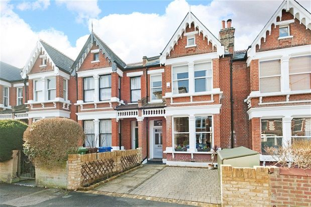 Thumbnail Terraced house for sale in Beauval Road, London