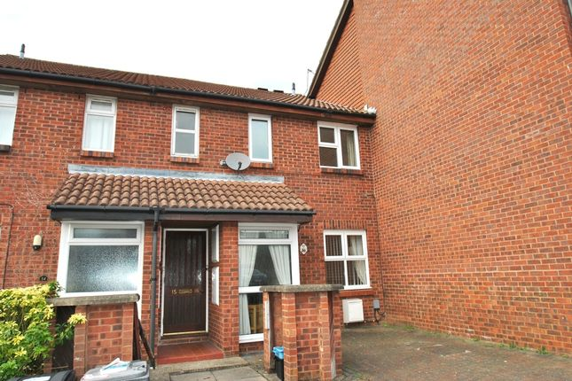 Thumbnail Flat to rent in Sanderling Close, Letchworth Garden City