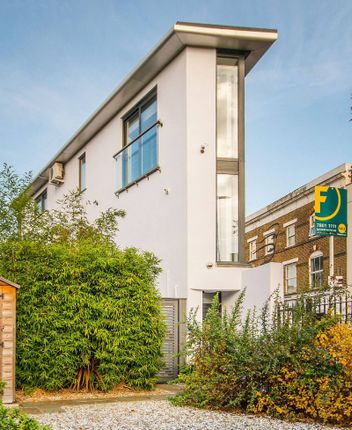Thumbnail Property to rent in Latchmere Road, Battersea