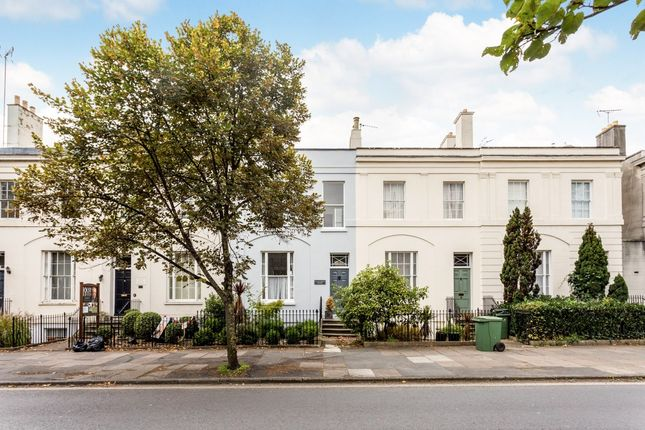 Thumbnail Town house to rent in Clarence Road, Cheltenham