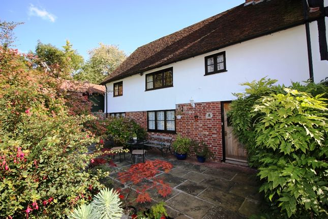 Thumbnail Semi-detached house for sale in Barn Hill, Hunton