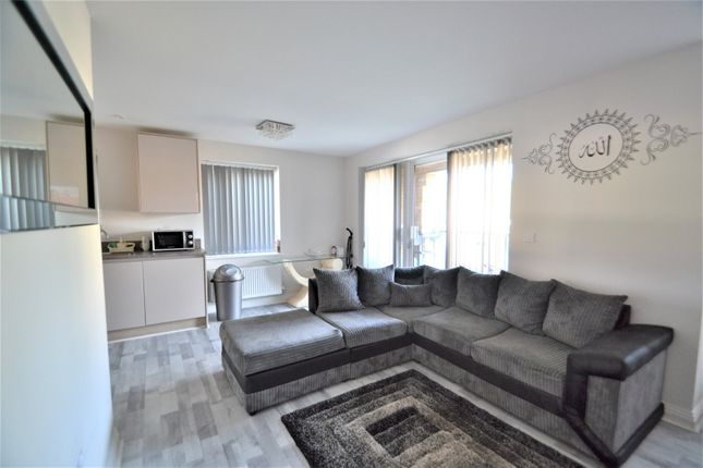 Thumbnail Flat for sale in St. Albans Road, Garston, Watford