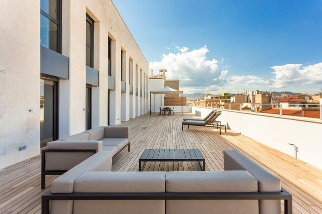 Apartment for sale in Eixample, Barcelona, Spain
