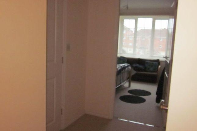 Hallway of Atlantic Way, Derby DE24