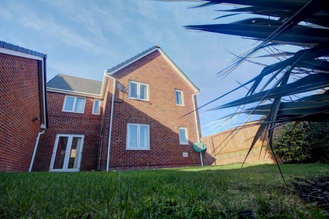 4 Bed Detached House For Sale In Alder Lane Thornton