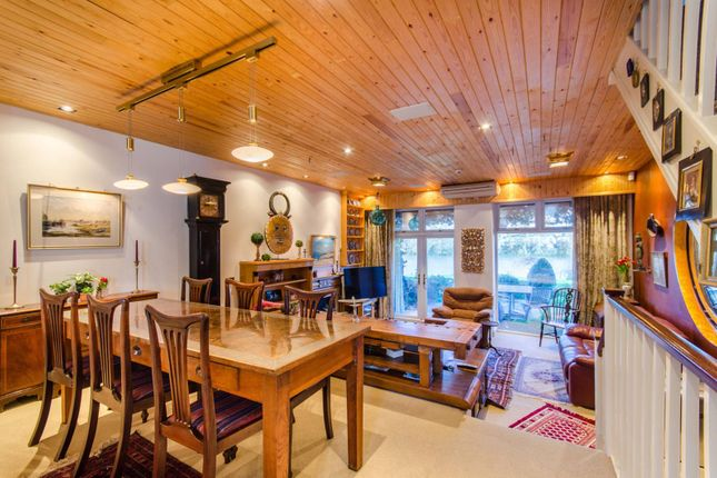 Thumbnail Terraced house for sale in Chiswick Quay, Grove Park, London