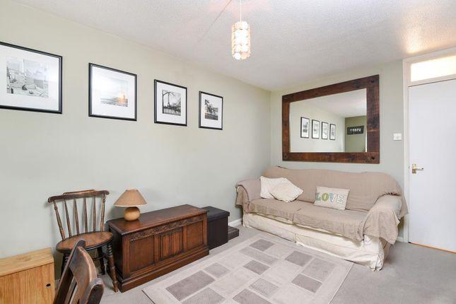 Thumbnail Flat for sale in Darwin Close, Friern Barnet