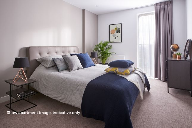 Bedroom of 5, Castle Square, London SE17