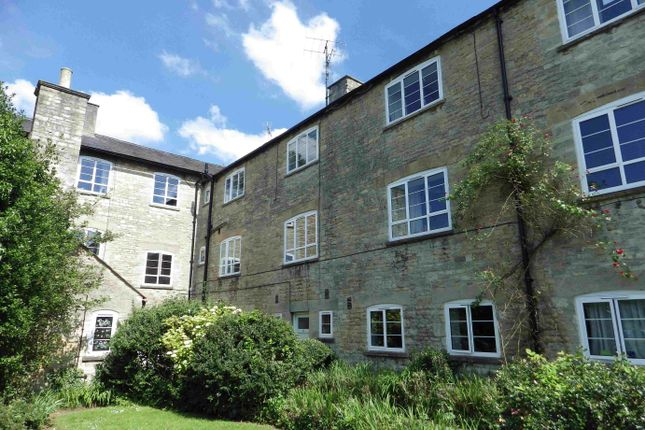 Thumbnail Flat to rent in The Old Warehouse, Witney, Oxfordshire