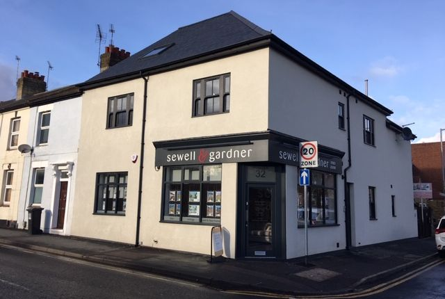 Thumbnail Retail premises for sale in Langley Road, Watford