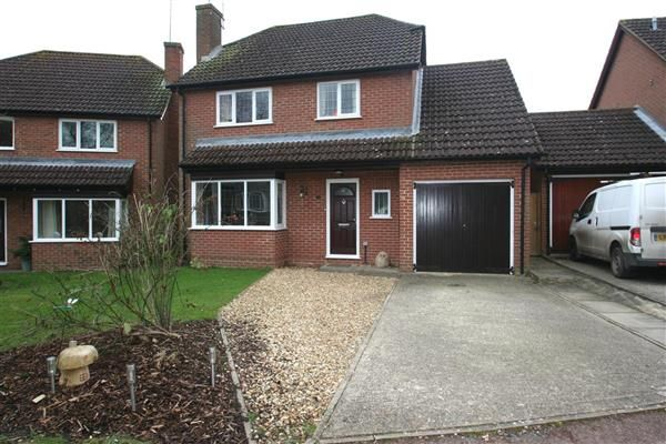 4 bed detached house for sale in Lychpit, Basingstoke, Hampshire