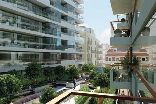 2 bed flat for sale in Wessex House, One Tower Bridge, Tower Bridge Road, Southwark