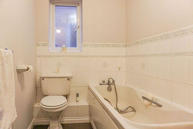 Bathroom of Pool View, Rushall, Walsall WS4