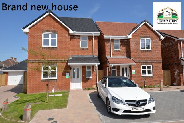 Thumbnail Detached house for sale in Greenwood Close, New Milton, Hampshire