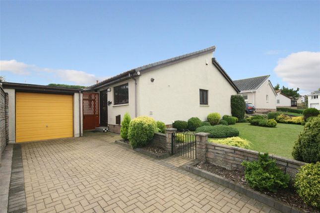 Thumbnail Bungalow for sale in Comyn Drive, Wallacestone, Falkirk